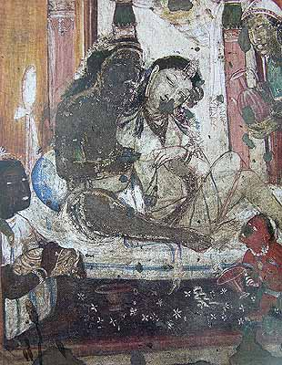 2nd-3rd century : Ajanta<br>The length draping the queen terminates above the knee level in kachchha style.