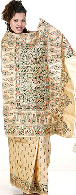 Cream Kantha Hand-Woven Sari with All-Over Embroidered Bootis