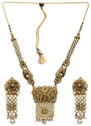 Faux Pearl Linked Necklace Set with Cut Glass