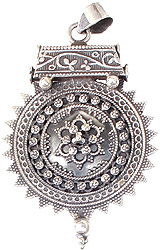 Handcrafted Pendant (South Indian Temple Jewelry)