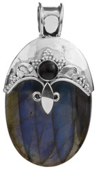 Labradorite Pendant with Black Onyx
