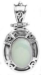 Blue-Chalcedony Oval Pendant