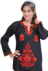 Jet-Black Kashmiri Kurti with Ari Hand-Embroidered Flowers