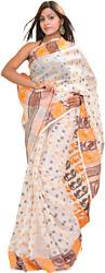 Ivory Jamdani Sari Hand-Woven in Kolkata