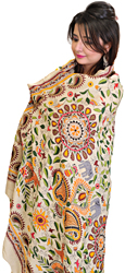 Cloud-Cream Kantha Dupatta with Embroidered Chakra and Elephants