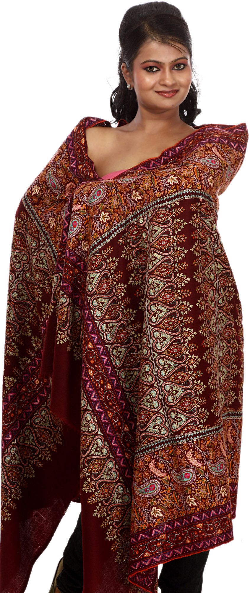 Our Pick of the Top 10 Beautiful Luxury Souvenirs from India Pictures of kashmiri shawls