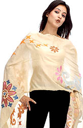 Cream Stole with Neat and Sharp-cut Design-Patterns