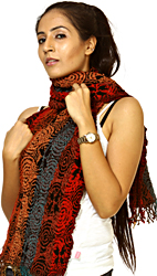 Multi-Colored Stretchable Scarf with Woven Ovals
