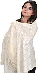 Cloud-Cream Kashmiri Stole with Ari Hand-Embroidered Paisleys