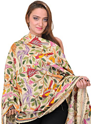 Cloud-Cream Kantha Dupatta with Hand-Embroidered Birds and Foliage