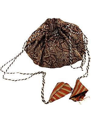 Brown Jewelry Drawstring Pouch with Ring Pockets