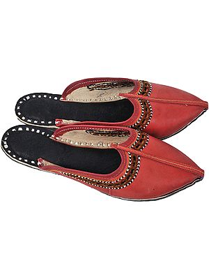 Ladies' Slippers with Thread Embroidery on Edges