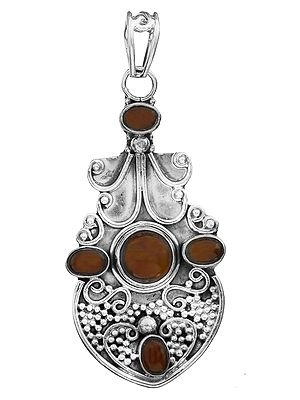 Gemstone Pendant with Granulation