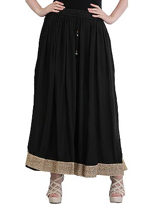 Plain Elastic Long Skirt with Golden Border